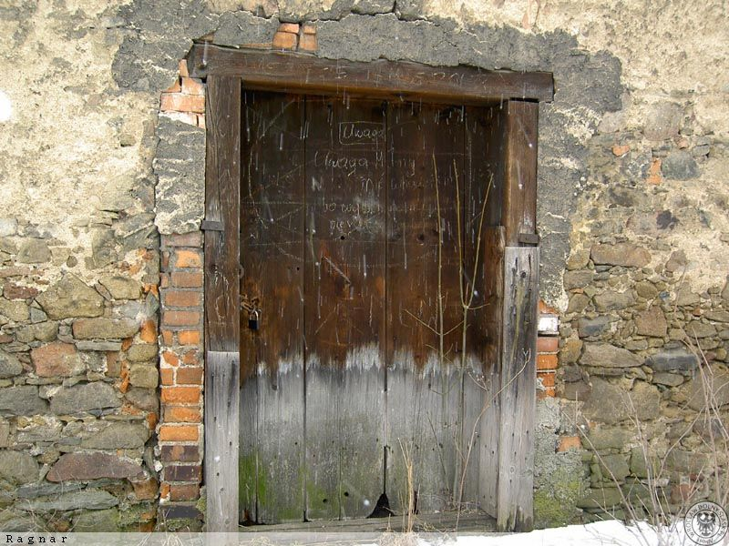Spichlerz ul lisia wa brzych zdj cia for Drzwi z portalem
