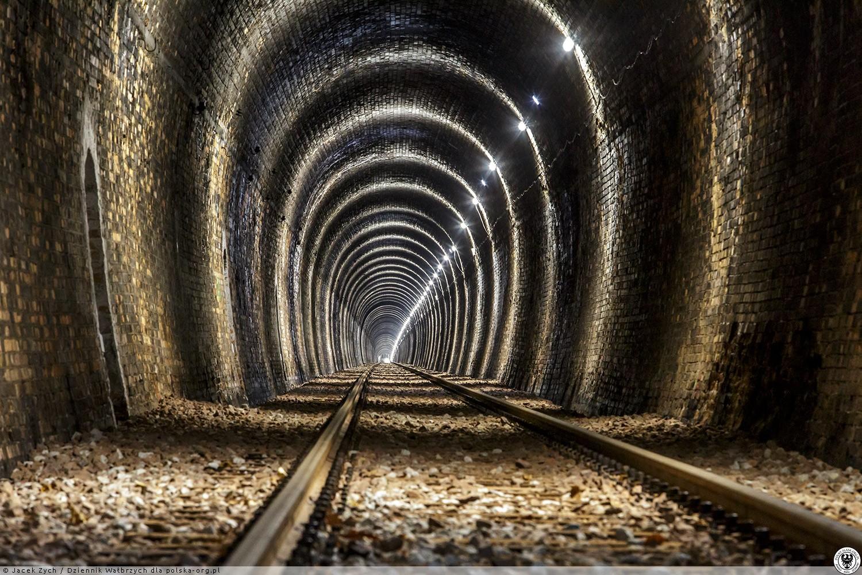 Tunele_kolejowe_pod_Wolowcem_Walbrzych_7